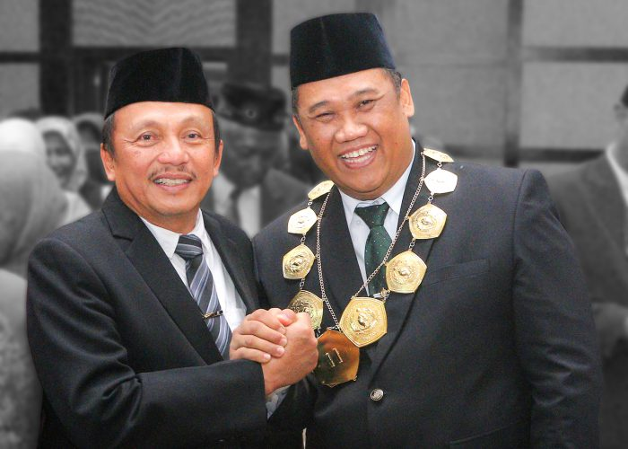 Menristekdikti Lantik Rektor UPN Veteran Jawa Timur Periode 2018 – 2022