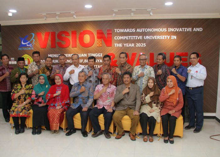Studi Banding MASH Classroom UPN Jawa Timur dan UPN Yogyakarta ke UPN Jakarta
